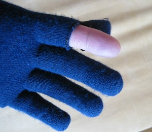 MYOG fingertip glove for smartphone while cycling or running
