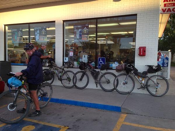 bikepackers in del norte